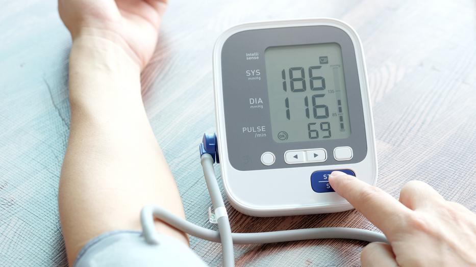 magas vérnyomás és asztma kezelése