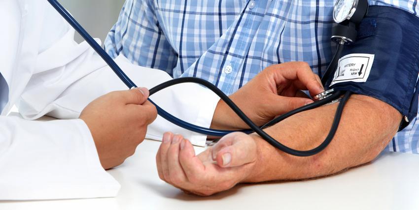 determinisztikus magas vérnyomás orrcseppek a magas vérnyomásból