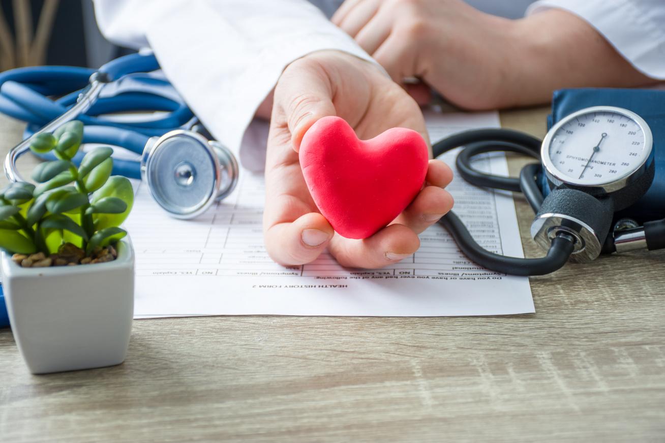 magas vérnyomás egy fiatal férfiban magas vérnyomás mechanizmus