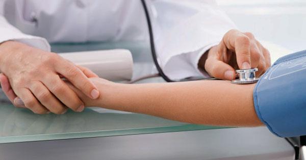hány ember hal meg hipertóniában évente vese magas vérnyomás tesztek