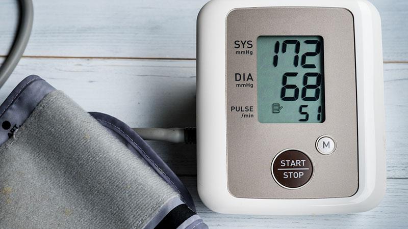 katona és magas vérnyomás