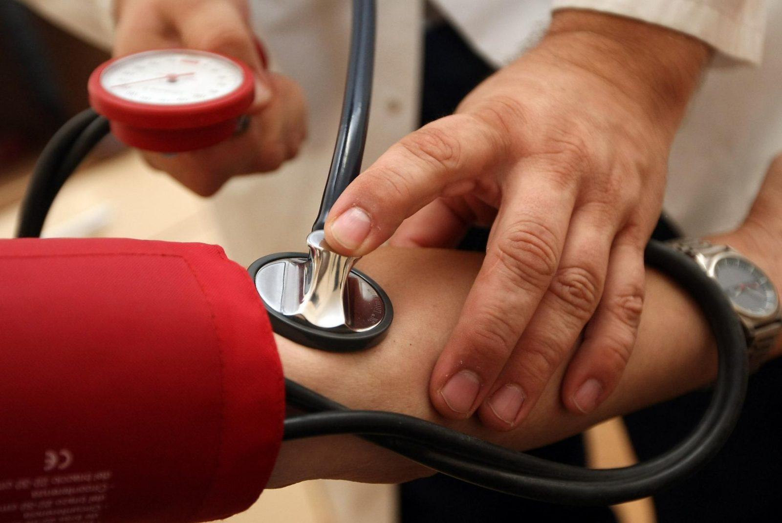 magas vérnyomás fejfájás kezelésére van-e szédülés hipertóniával