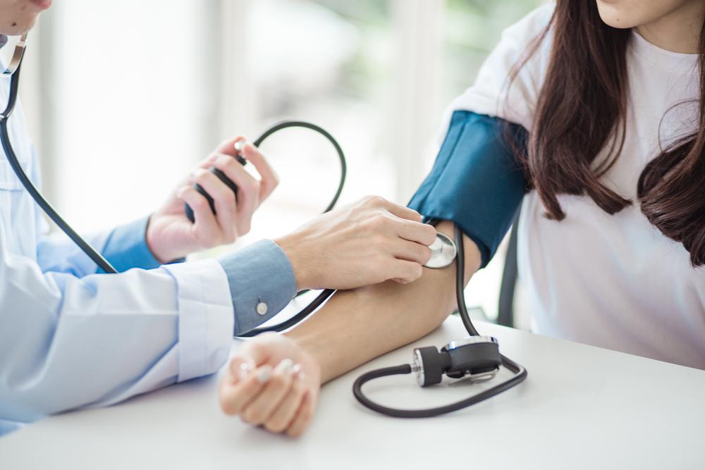 a magas vérnyomástól kitör