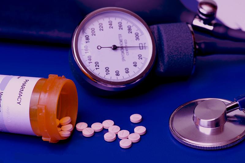 a magas vérnyomás fokozódik vagy csökken hogyan kell kezelni az idegeket és a magas vérnyomást