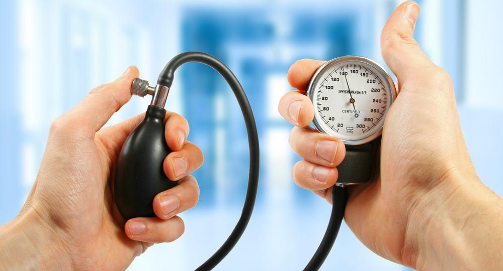 magas vérnyomás 220 nyomáskezelés sugárzásból származó szív hipertónia