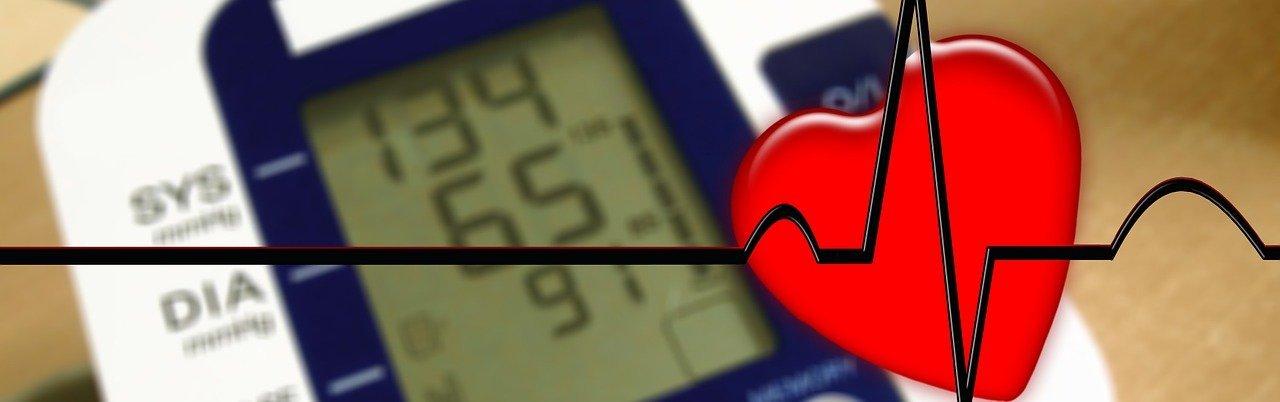 példa a magas vérnyomás kezelésére