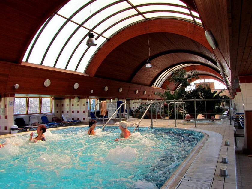 szénsavas fürdők magas vérnyomás ellen