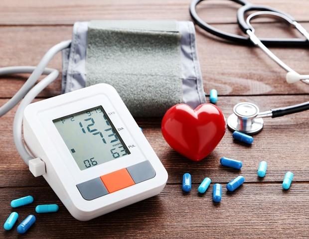 magas vérnyomás a szív fájdalmával 22-nél magas vérnyomás