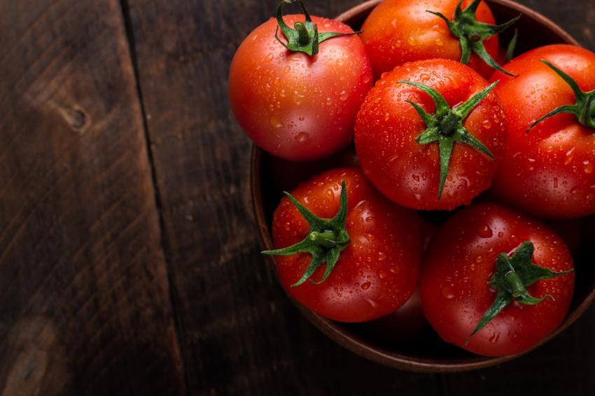 magas vérnyomás esetén paradicsomot ehet
