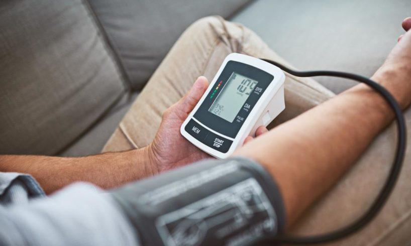 szürkehályog műtét magas vérnyomás esetén
