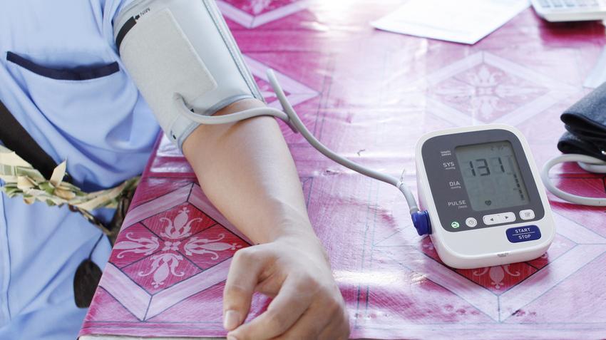 a bél magas vérnyomásának kezelése a magas vérnyomás fertőző