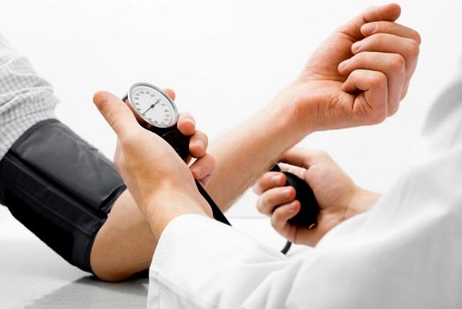 hogyan lehet gyógyítani a magas vérnyomást jóddal