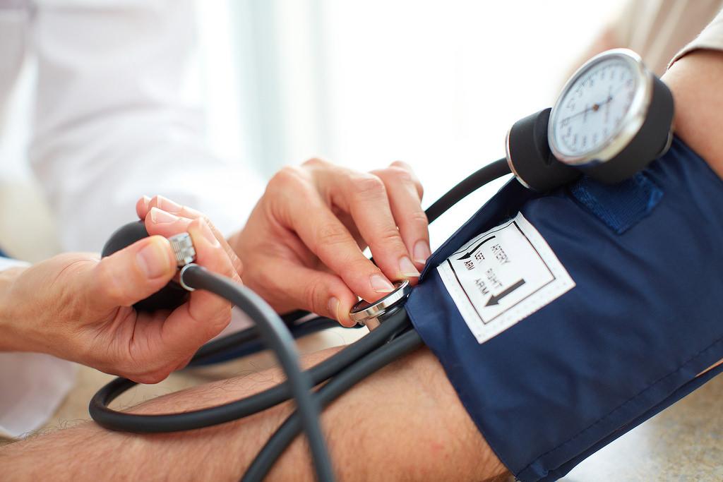 idős emberek hipertónia gyógyszeres kezelés