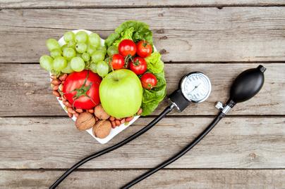 magas vérnyomás 1 evőkanál 1 kockázat száraz fürdő magas vérnyomás ellen