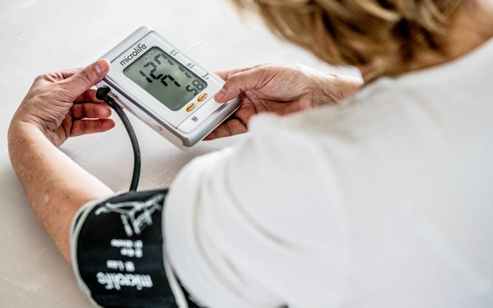 a magas vérnyomás jóddal történő kezelése