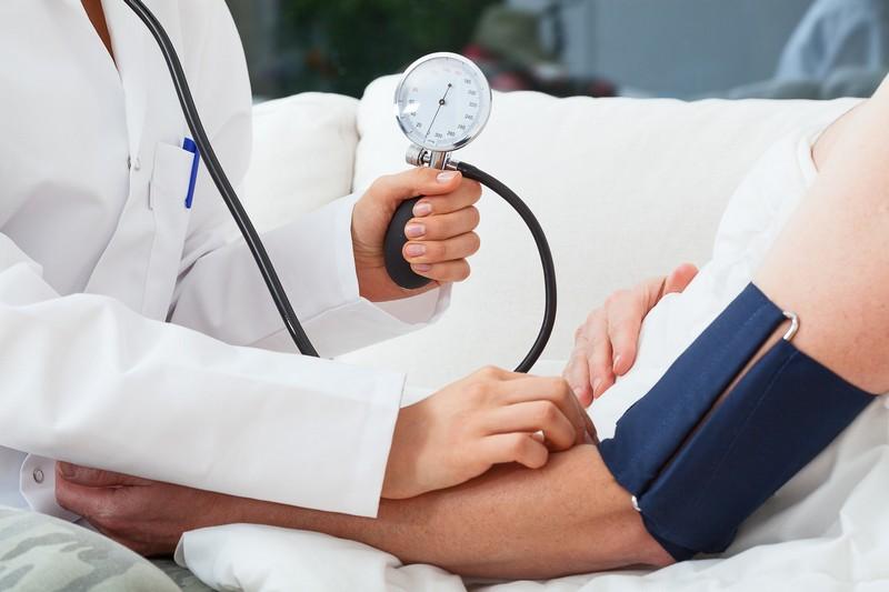 magas vérnyomás egészségügyi hely